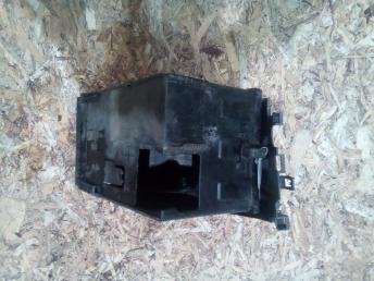 Корпус аккумулятора Peugeot 308 5615H2