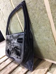 Дверь передняя правая на Митсубиси Аутлендер 5700A122