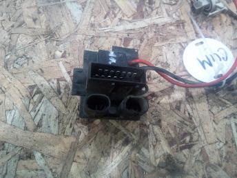 Резистор отопителя Renault Symbol 7701206351