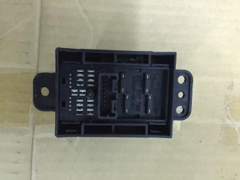 Кнопка стояночного тормоза Renault Koleos 251755779R