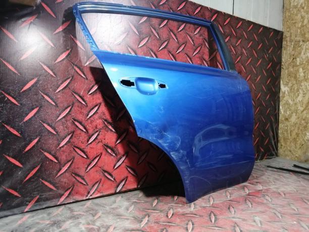 Дверь задняя правая Kia Sportage 4 77004F1000