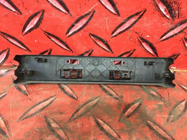 Подиум номерного знака Lexus RX IV 5211448350