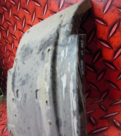 Крыло переднего правого колеса DAF XF 1997258