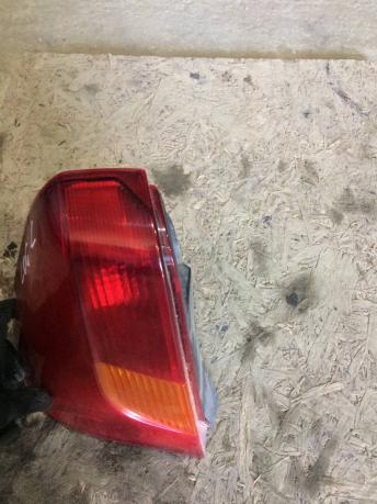 Фонарь задний левый Renault Logan 8200211020