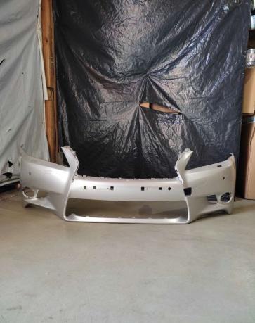 Передний бампер lexus GS 250