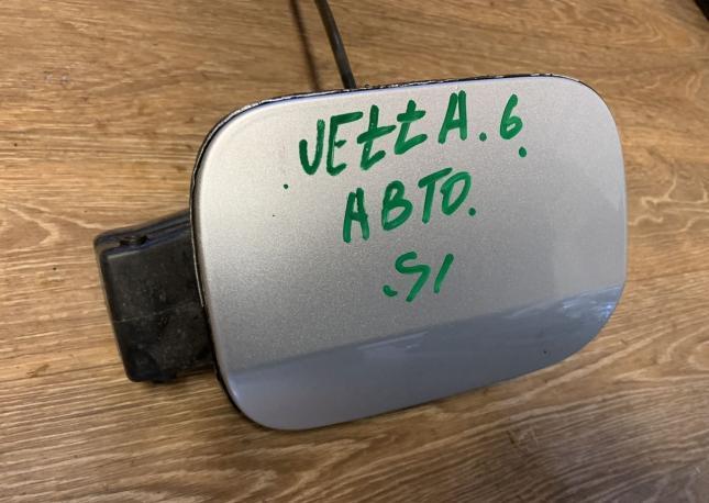 Лючок Бензобака opel vivaro renault trafic