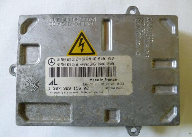 Блок управления xenon W204 mercedes A2048203285
