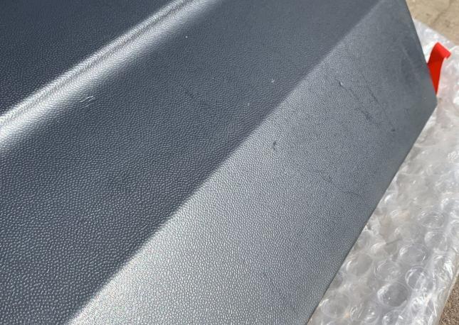Молдинг двери задий правый toyota RAV4 новый 75077-42011