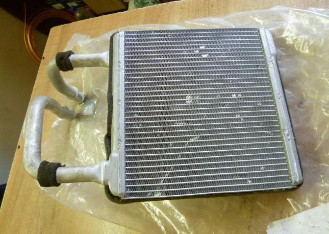 Радиатор печки W211 mercedes a2118300361
