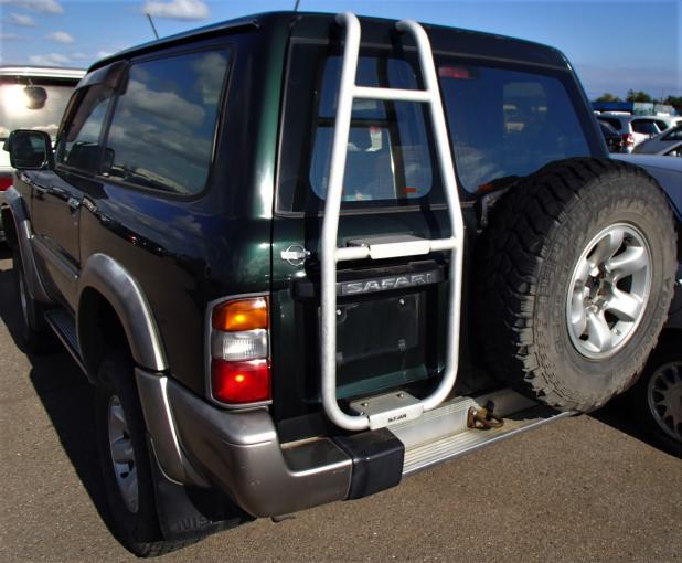 Лестница Nissan Patrol Y61 5-й двери купить