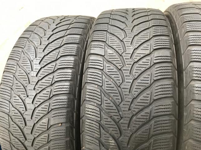 225 55 17 Bridgestone Blizak LM32