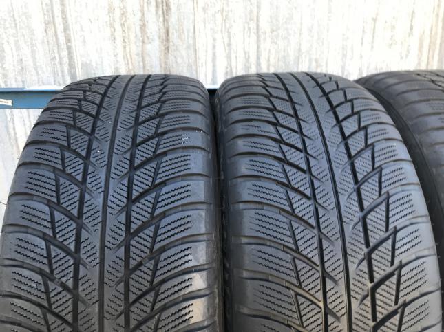 215 55 17 Bridgestone Blizak LM 001