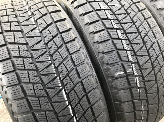 225 55 18 Bridgestone Blizak DM-V3