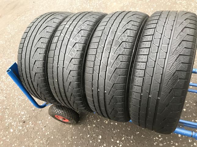 225 45 18 Pirelli Winter Sottozero 2 Runflat