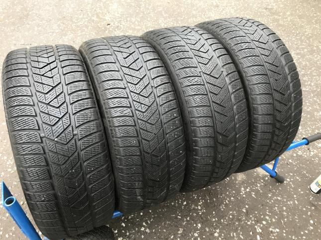 235 55 17 Pirelli Winter Sottozero 3