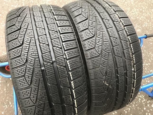 235 40 18 Pirelli Winter Sottozero 2