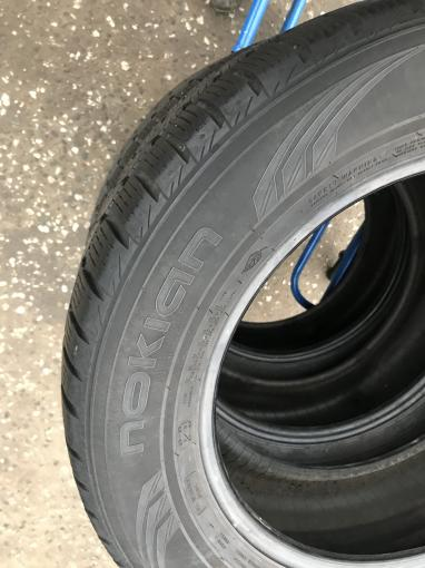 Зимние шины Бу 235 60 R17 Nokian WR - G2 комплект