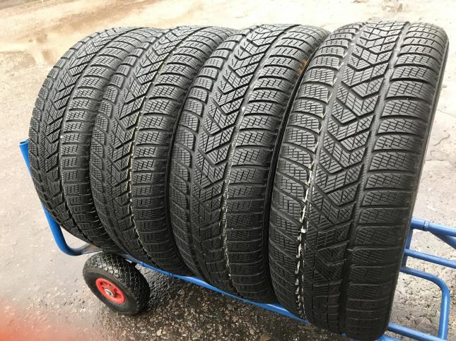 235 65 R17 Pirelli Scorpion Winter комплект