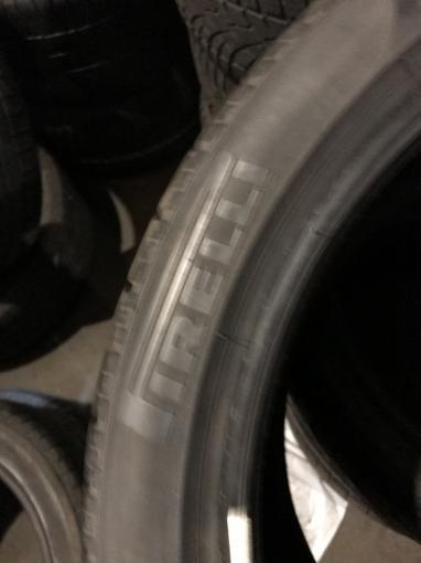 275 35 19 Pirelli зимняя шина бу 275 35 R19