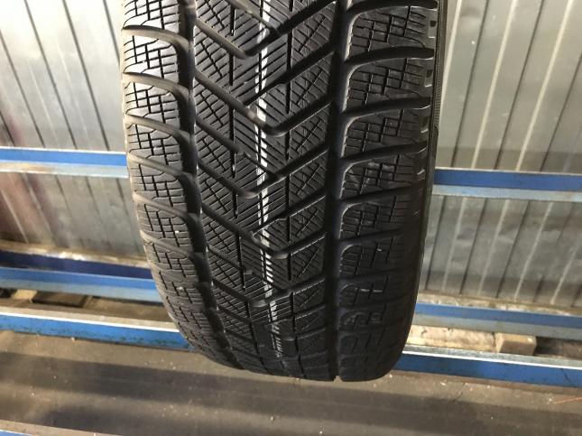 235 50 18 Pirelli бу зимняя шина 235/50/18 R18