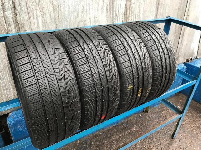 275/35/R20 Pirelli Winter Sottozero 2 99H