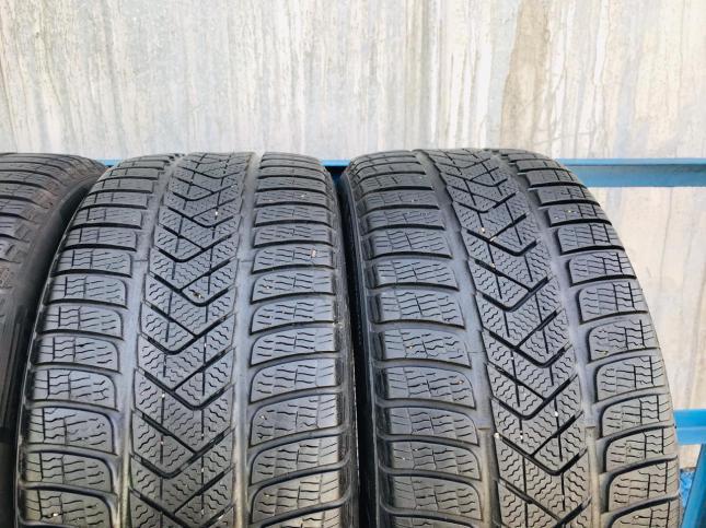 215/55/R17 Pirelli Winter Sottozero 3 95W