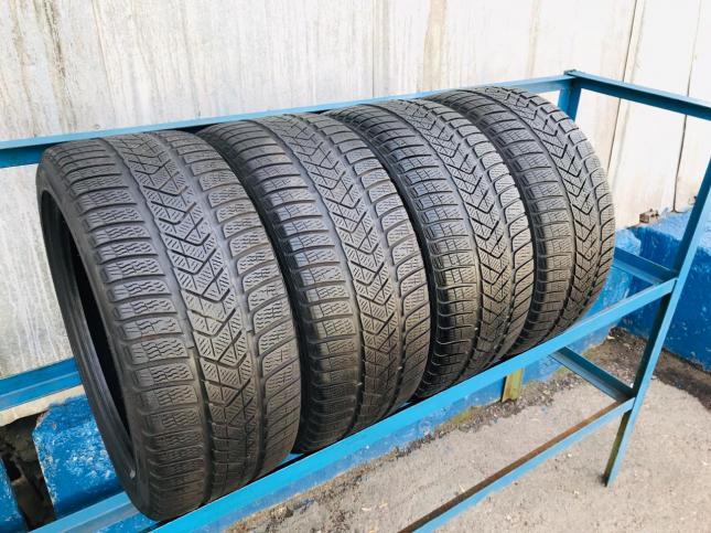 235/35/R19 Pirelli Winter Sottozero 3 102W