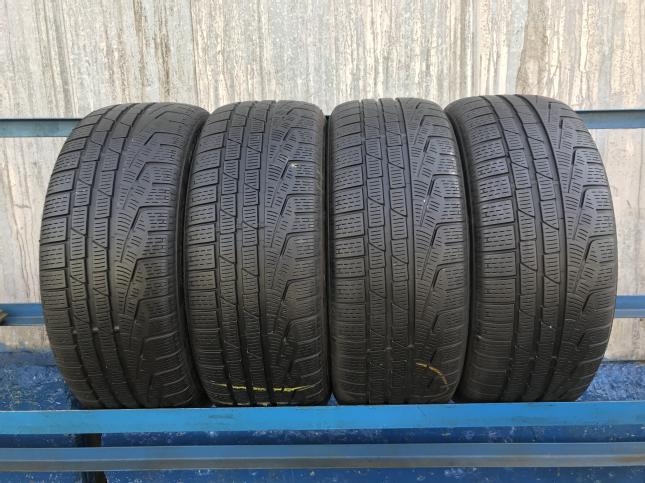 235/40 R19 Pirelli Winter SottoZero 2 98h