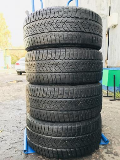 295/40 R21 Pirelli Scorpion winter 112h
