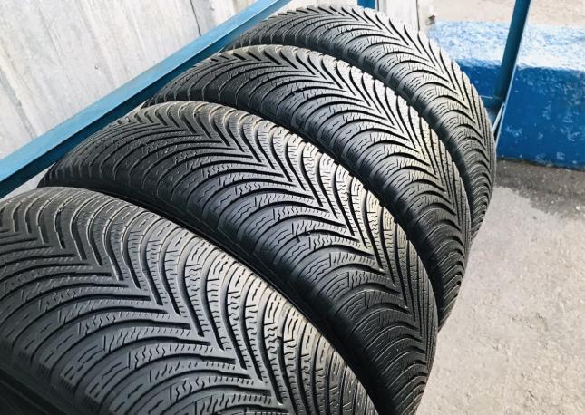 205/50 R17 Michelin Alpin 5