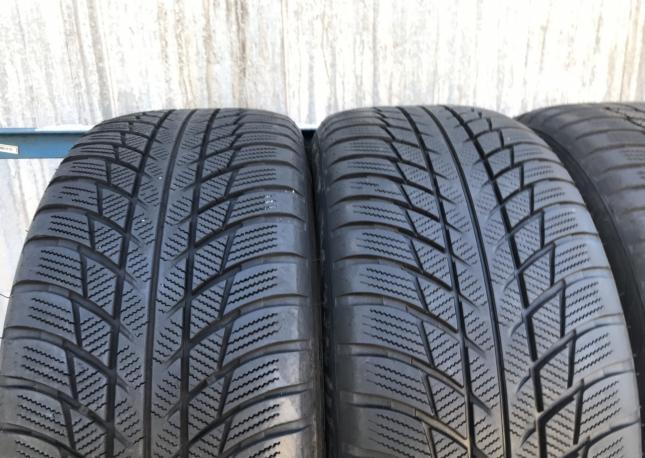 225.50.17 Bridgestone Blizzak LM001 rft