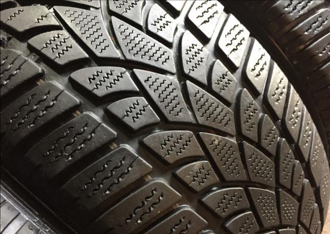 225/50R17 98H Dunlop winter sport 3D Комплект