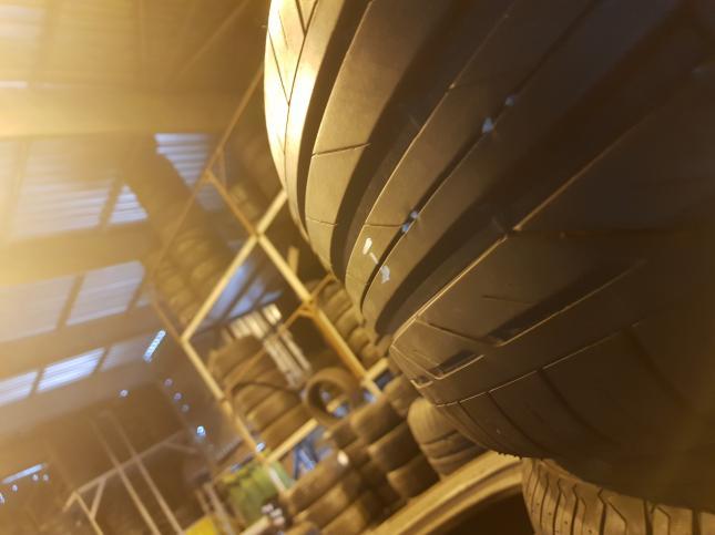 225/50/R18 Bridgestone Turanza T001