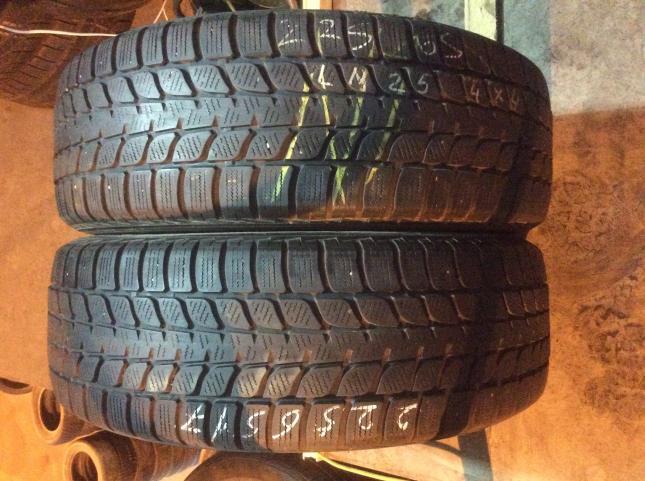 225/65 R17 Bridgestone Blizzak LM-25 4x4