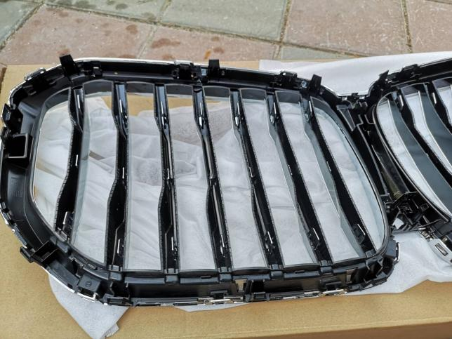 Решетка радиатора BMW X7 G07 51138096590