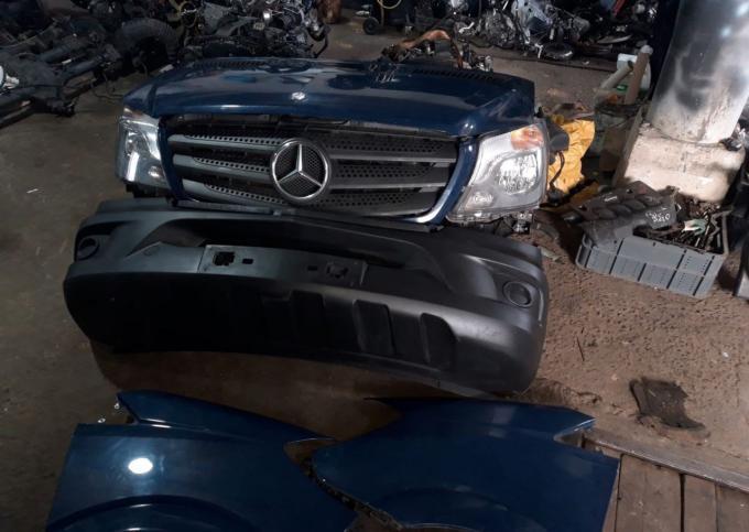 Бампер передний Mercedes Sprinter W906