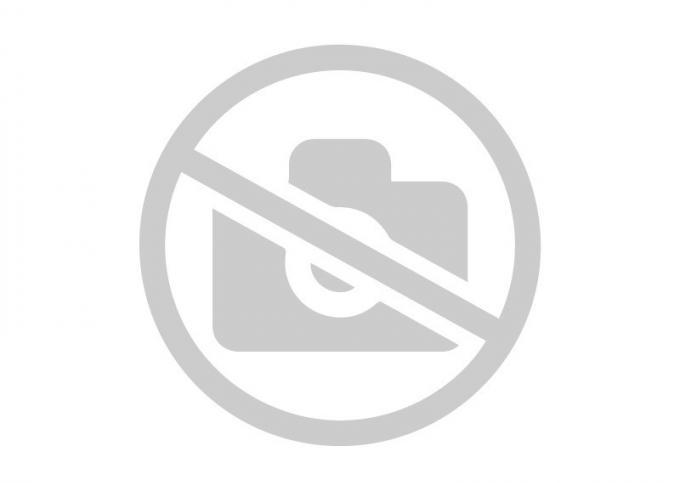Бампер передний Ауди А6 под парктроники омыватели
