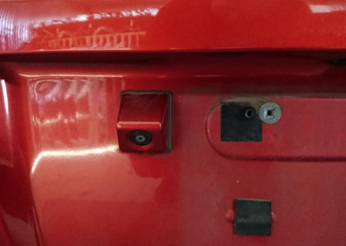 Дверь багажника Suzuki SX4 хэтчбек
