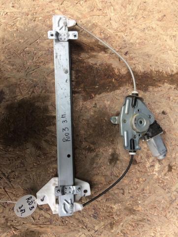 Стеклоподъемник задний правый Kia Rio 3 834021R010